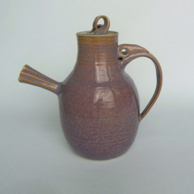 Bobby tea pot